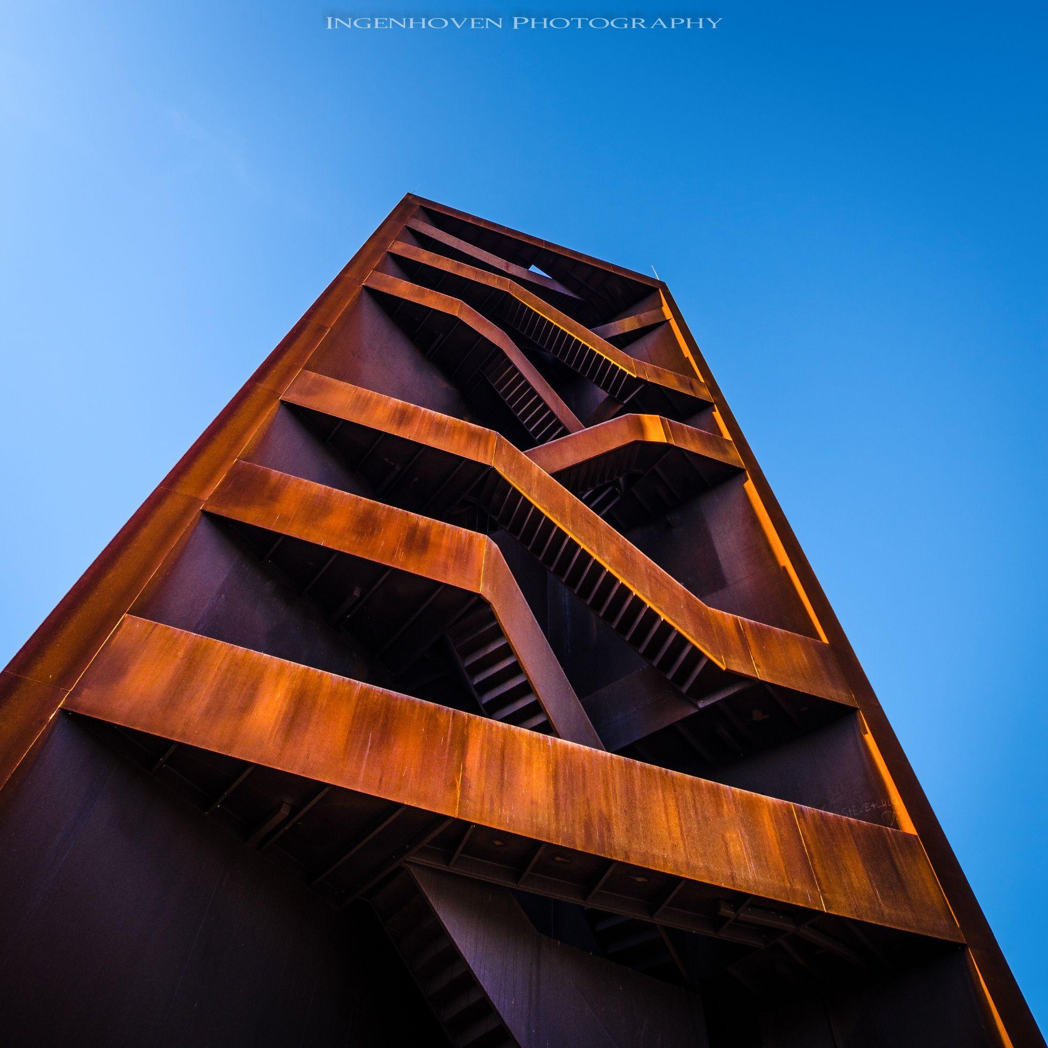 Treppenhaus - Ein Aussichtsturm in der Nähe von Cottbus. Er wird von ...