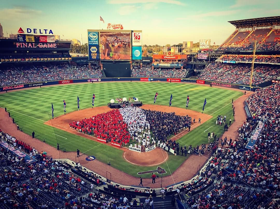 We Love You Braves Country Turnerfieldfarewell Braves Atlanta Braves Braves Baseball