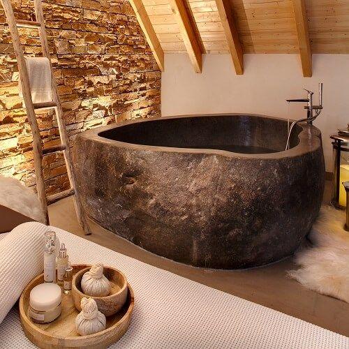 Week End Romantique 12 Chambres Avec Jacuzzi Prive Grenier Renove Rangement De Grenier Salle De Bain