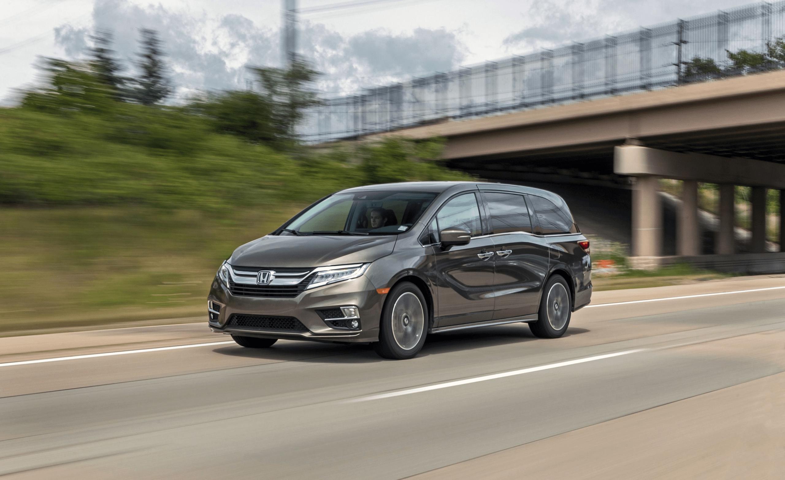 2021 Honda Odyssey Specs in 2020 Honda odyssey, Mini van