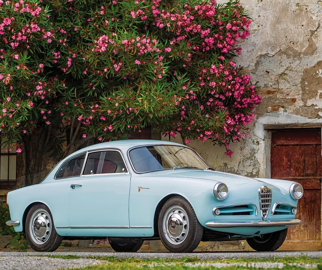We're Dreaming Of Summertime In Italy 🇮🇹 ☀️ With This 1957