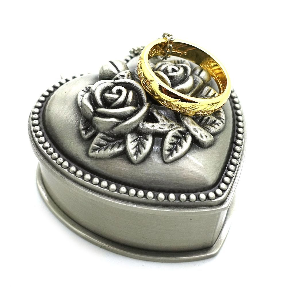 Lord of the rings one ring pendant necklace with heart jewelry box lord of the rings one ring pendant necklace with heart jewelry box aloadofball Choice Image