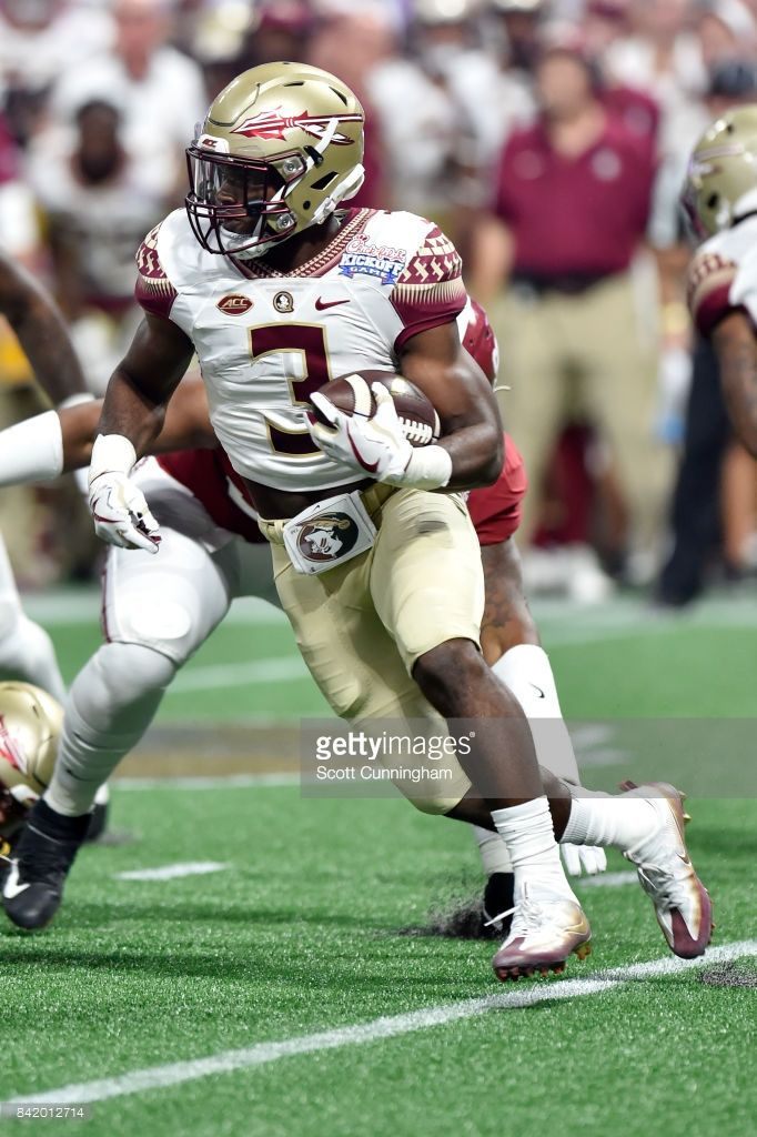 News Photo   Cam Akers of the Florida State Seminoles rushes ... 5a7b0bd63