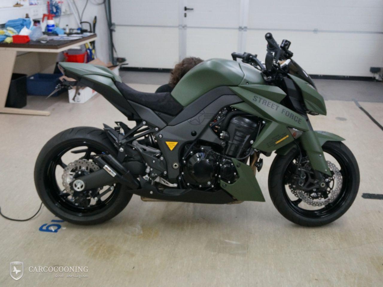 Carcocooning Motorrad Folieren Einer Kawasaki Z1000