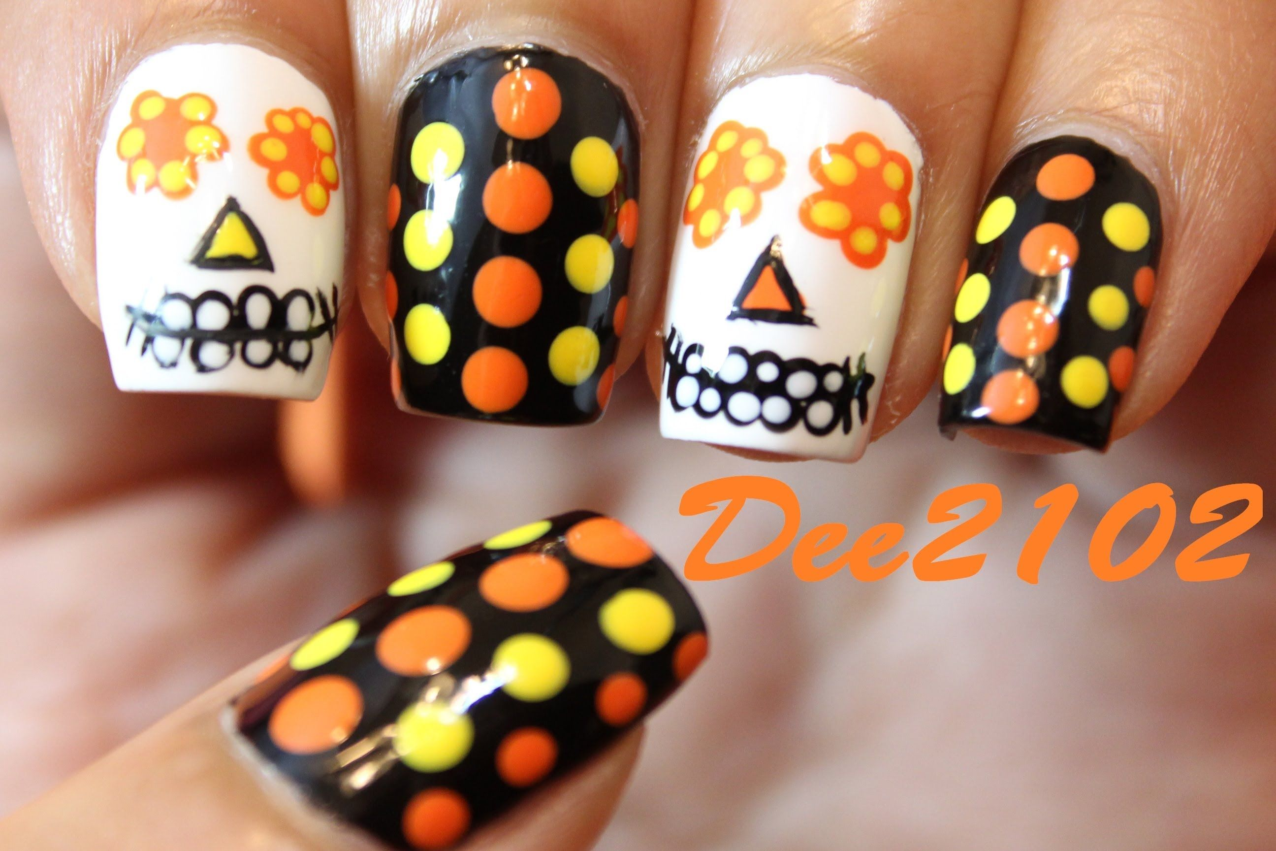 Super Easy Sugar Skull Day Of The Dead Nails Perfect For Halloween Sugar Skull Nails Skull Nails Nails
