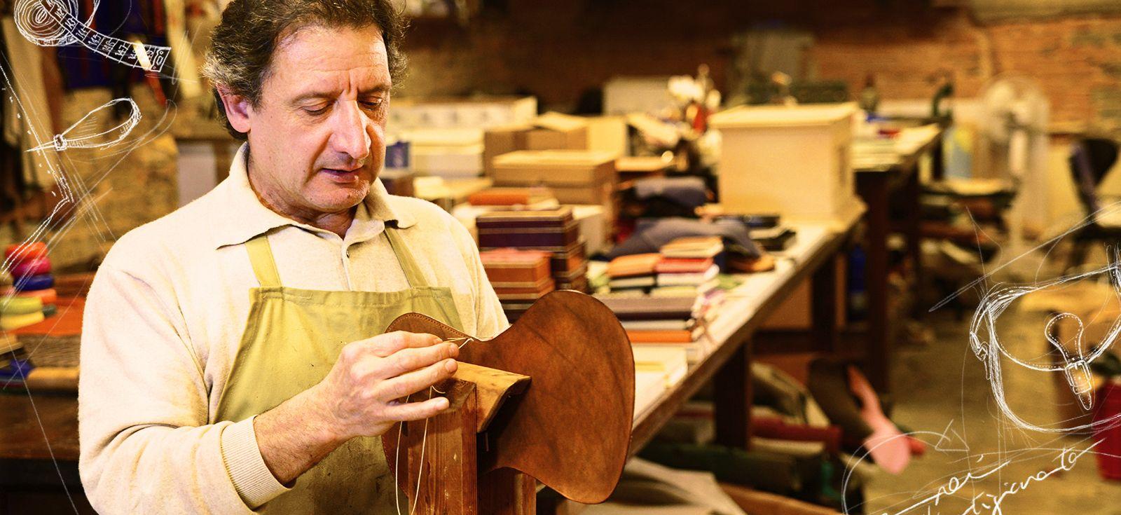 #samsungmaestros -  Segui la lezione numero 7 di S. Parrini, il maestro del cuoio conosciuto in tutto il mondo, che fa della pelletteria una forma d'arte. Solo su Samsung Maestros Academy.