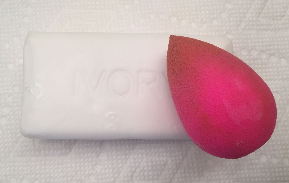 how to clean beauty blender with soap