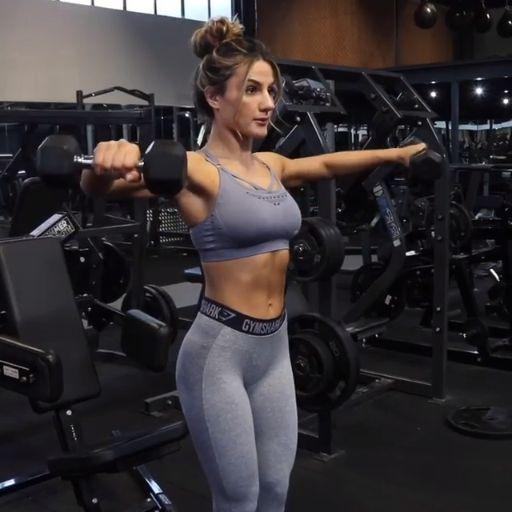 Krissy Cela, Gymshark Athlete, warming up for her upper body session. How many o... -  - #Athlete #B...