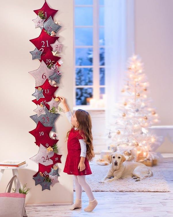 Every day at Christmas is a special day 🎄🌟🎅🏻 . . . . #christmasdecor #christmasmood #christmasdecoration #christmaslover #christmasgarland #christmashome #christmaseve #christmastree #christmaslights #christmasgram #instachristmas #christmascheer #children #kids #girls #tree #christmasholidays #homedecor #holiday #housedecorations #xmas #xmastree #christmasbaking #christmasgathering #shine #shinebright #whitechristmas #santaclaus #santaclausiscomingtotown #staysafe