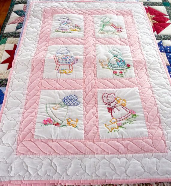 Amish Baby or Infant Quilt - Sun Bonnet Sue - Hand quilted and embroidered on Etsy, $250.00 #sunbonnetsue