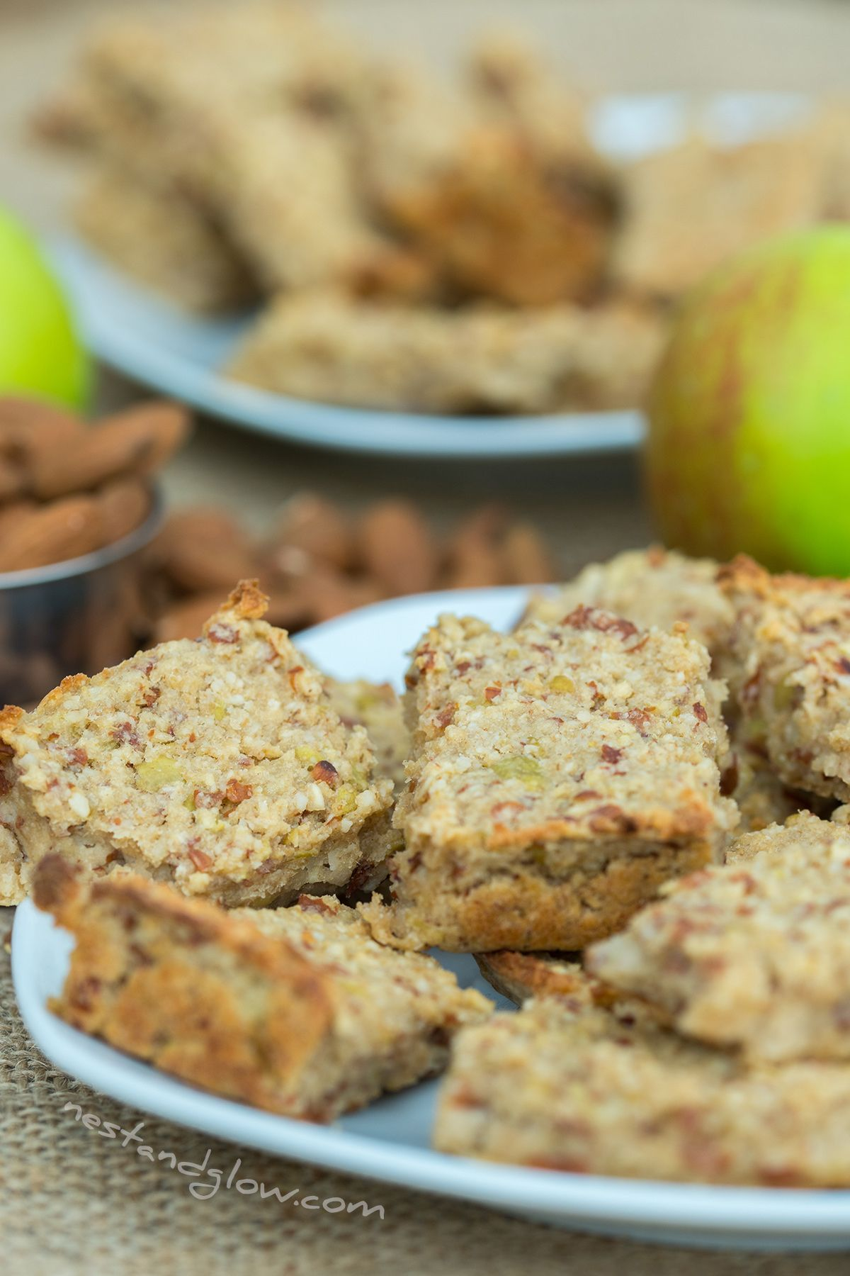 3 Ingredient Apple Almond Breakfast Bars Recipe Breakfast Bars Healthy Whole Food Recipes Healthy Snacks