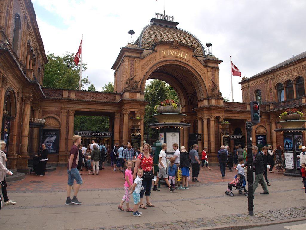 Kies je in Kopenhagen voor Tivoli of Bakken?