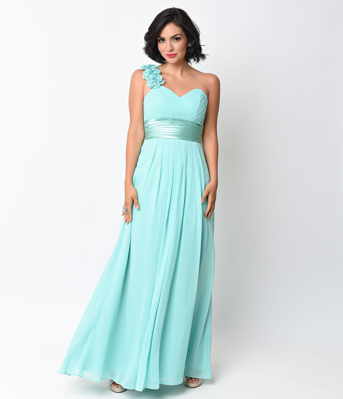 Kelly green chiffon floral cold shoulder long gown unique the perfect green bridesmaids gown or spring inspired prom style our bold kelly green chiffon floral cold shoulder gown is sure to steal the show ombrellifo Gallery