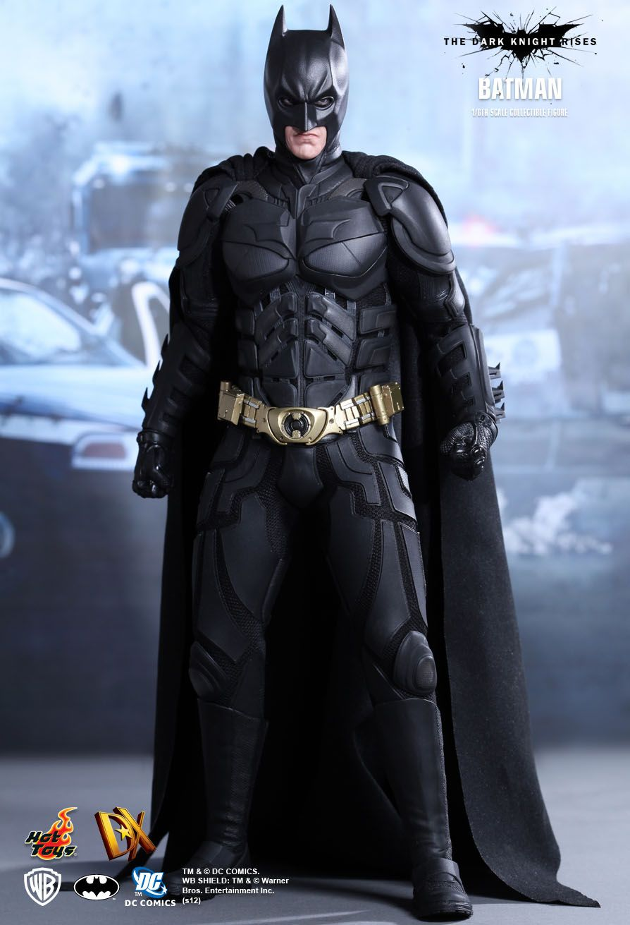 Hot Toys The Dark Knight Rises Batman Bruce Wayne 1 6th Scale