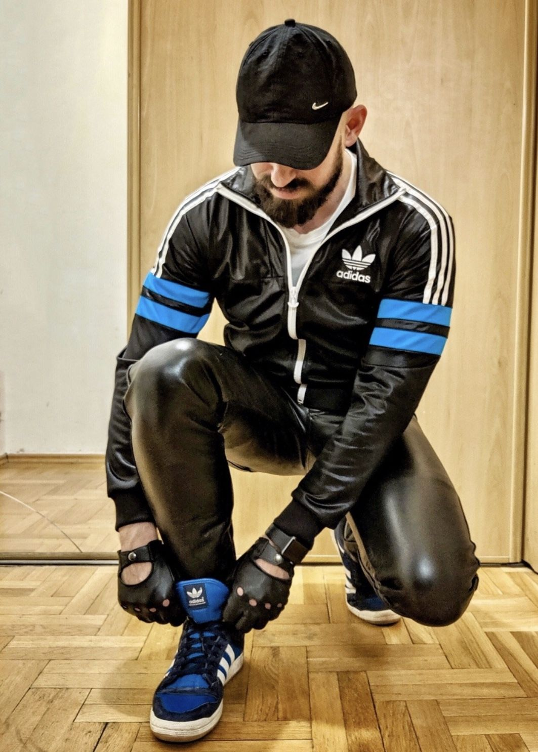 Pin by Sven Werner on Men in leather and rubber | Mens