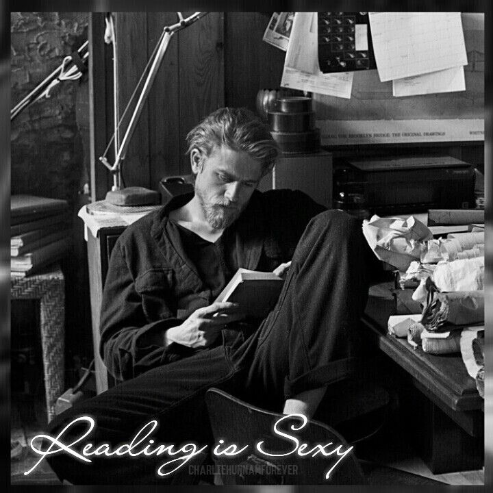 Reading is sexy #CharlieHunnam