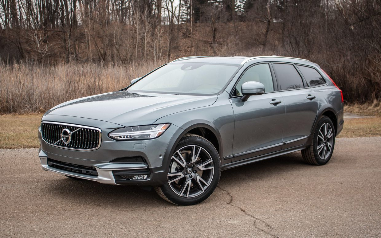 Volvo V90 Cross Country Review 2019 Feels Free To Follow Us Di 2020