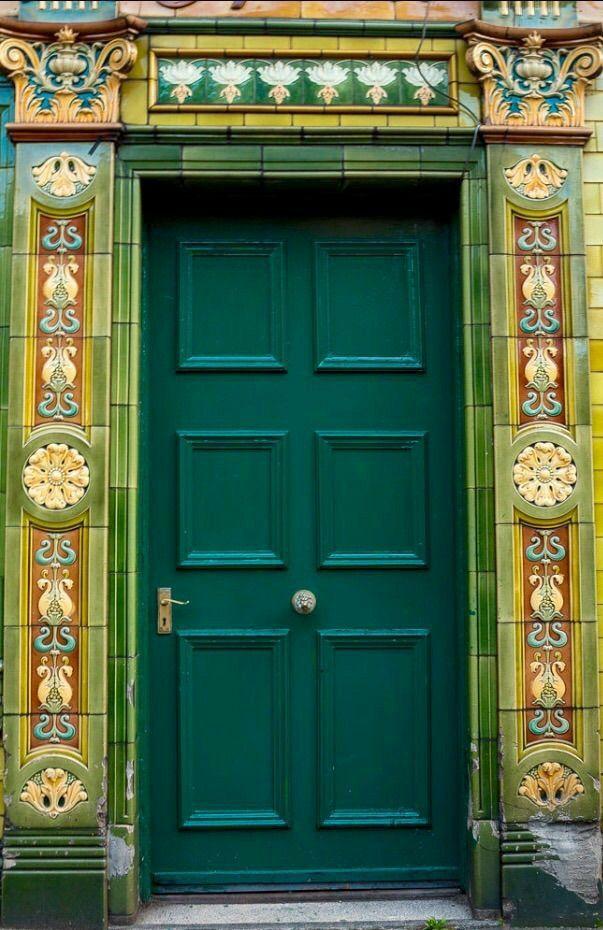 Pin By Patricia Ann Murphy On O Kapilar In 2020 Doors Window Architecture Beautiful Doors