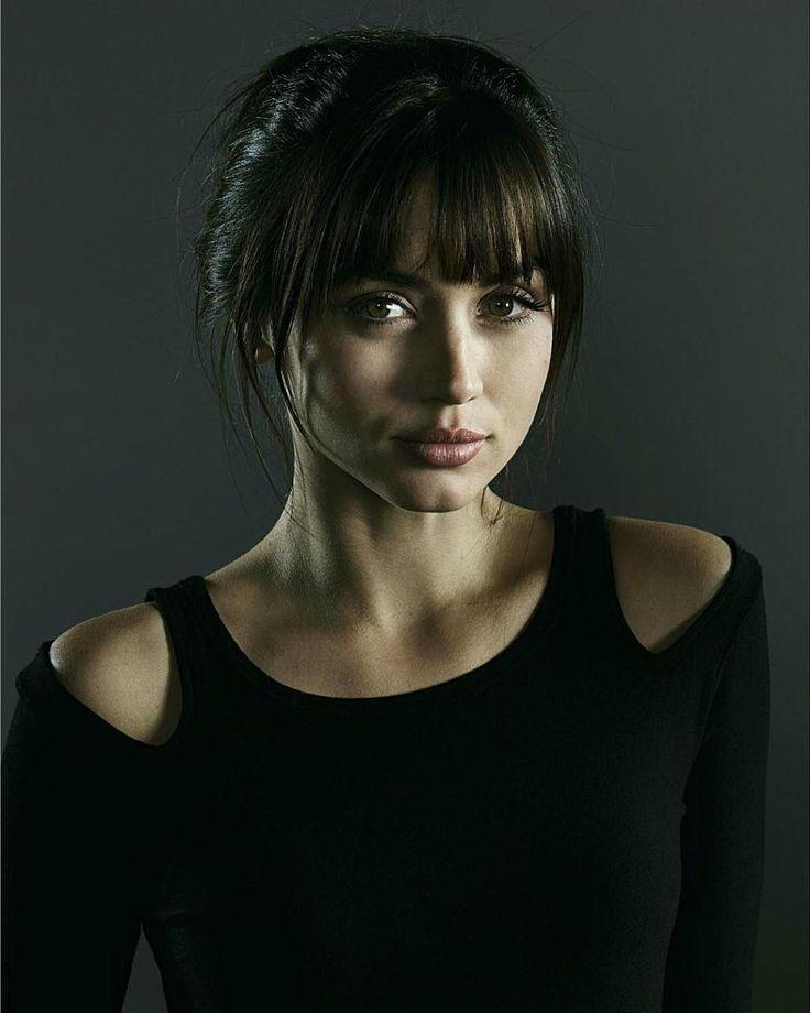 Blade Runner 2049 beauty Ana de Armas on stripping NAKED