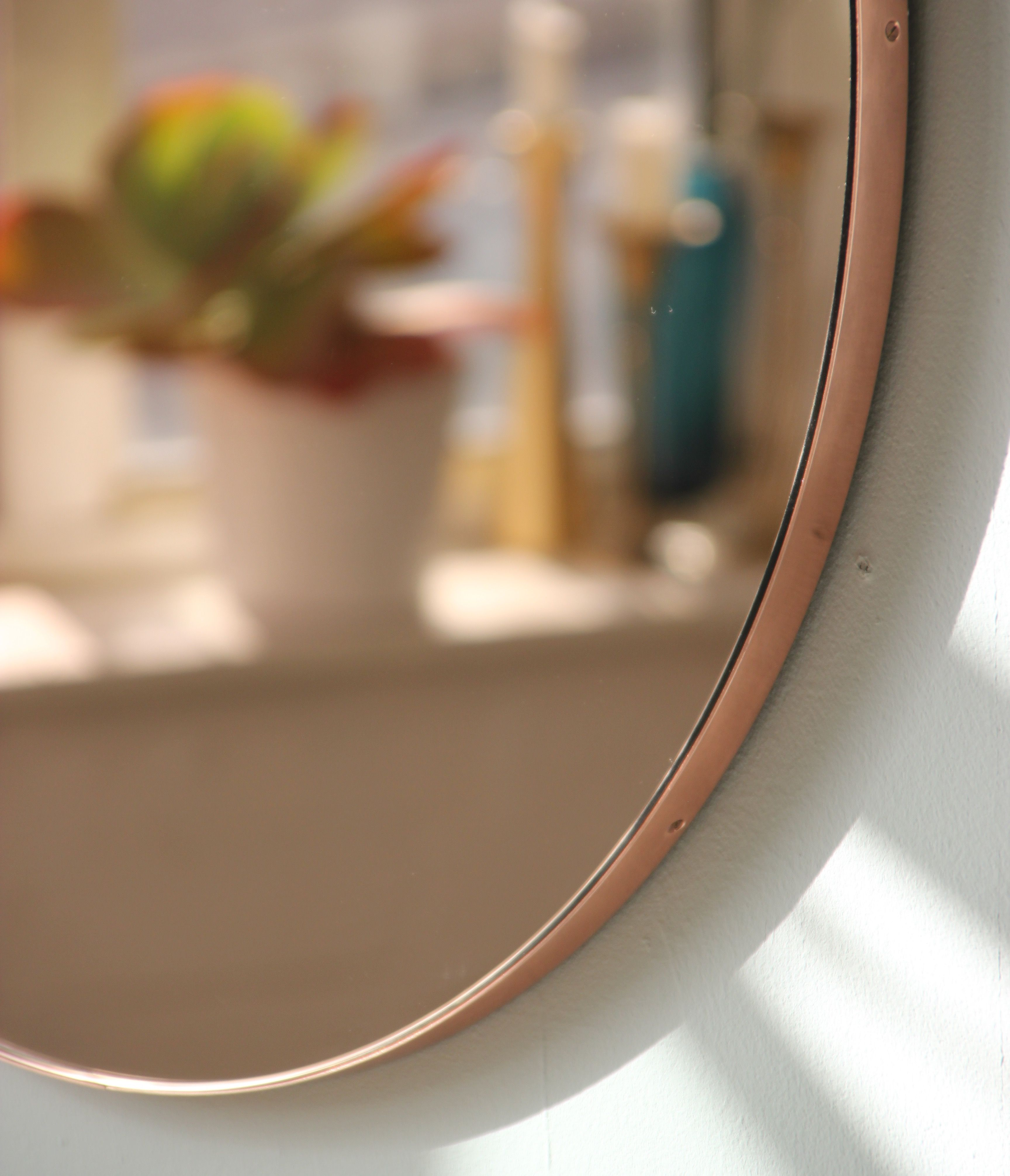 Rose Gold Mirror With A Copper Frame Gold Framed Mirror Round Mirrors Copper Frame