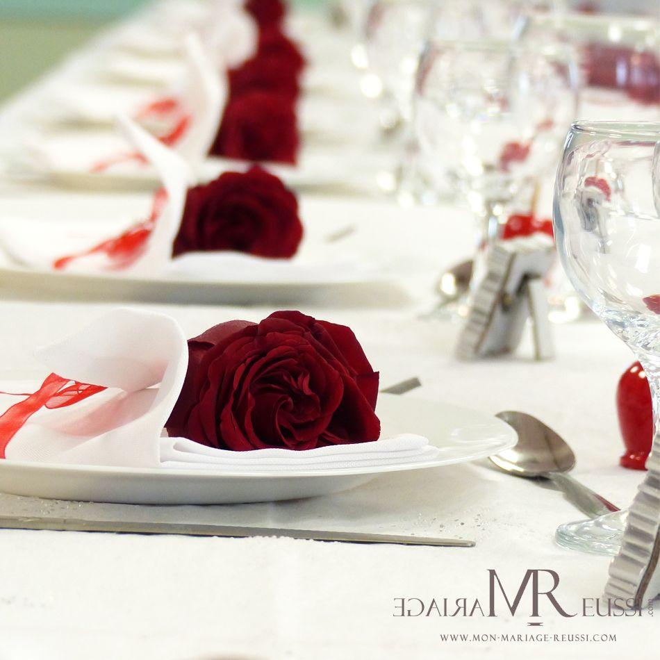 Une rose pour votre d coration de serviette th me de - Decoration serviette de table mariage ...