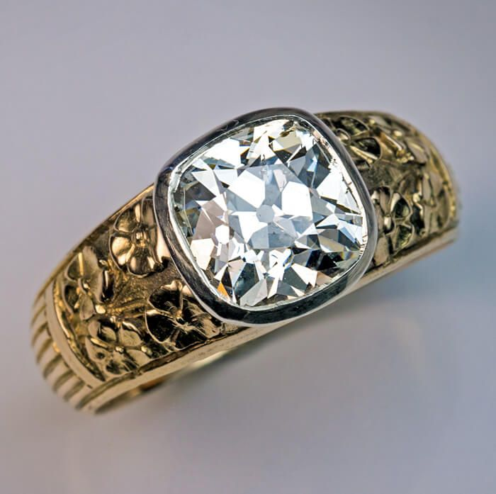 Art Nouveau Antique 2.83 Ct Diamond Chased Gold Mens Ring