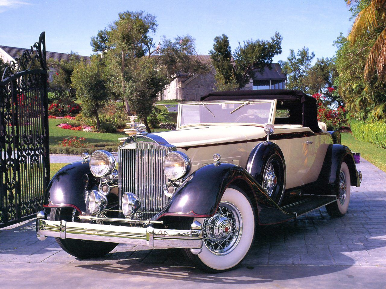 1934 Packard V 12 Convertible Coupe Maintenance of old vehicles: the ...