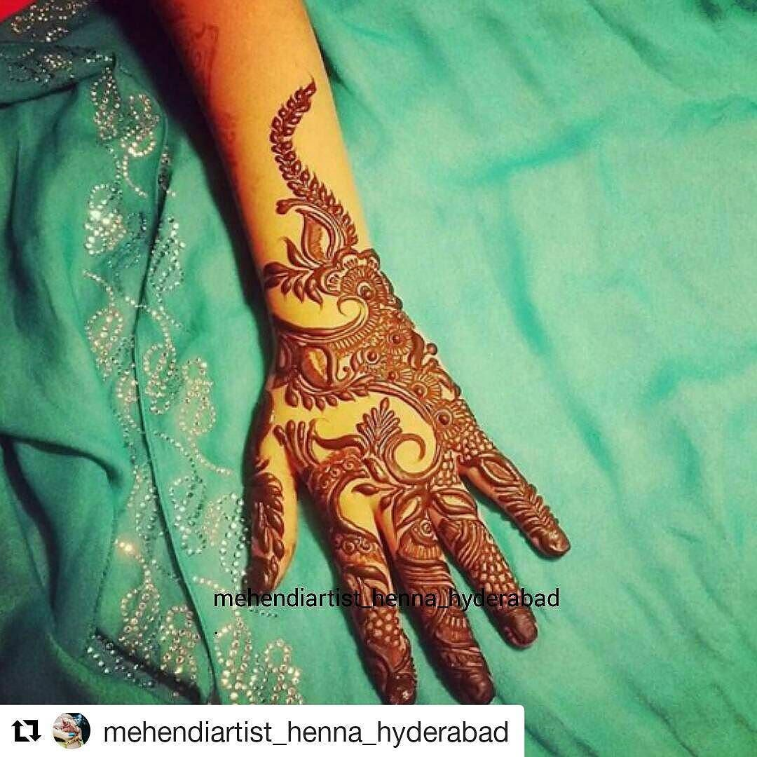 #follow@hennafamily #hennafamily #Repost @mehendiartist_henna_hyderabad  For bookings please follow the following steps  Email: khankashaf321@gmail.com or DM In your email/DM please include Subject: Date of booking (2 days before event).  Content: Number of clients/Time/Date/Full Address/ Occasion (Bridal/Party) -  Please wait at least 24 hours for a direct response #Hyderabad#mehndi#mehndidesign#mehndiart#henna#hennadesign#hennaart#inaayasmehndi#hennainspire