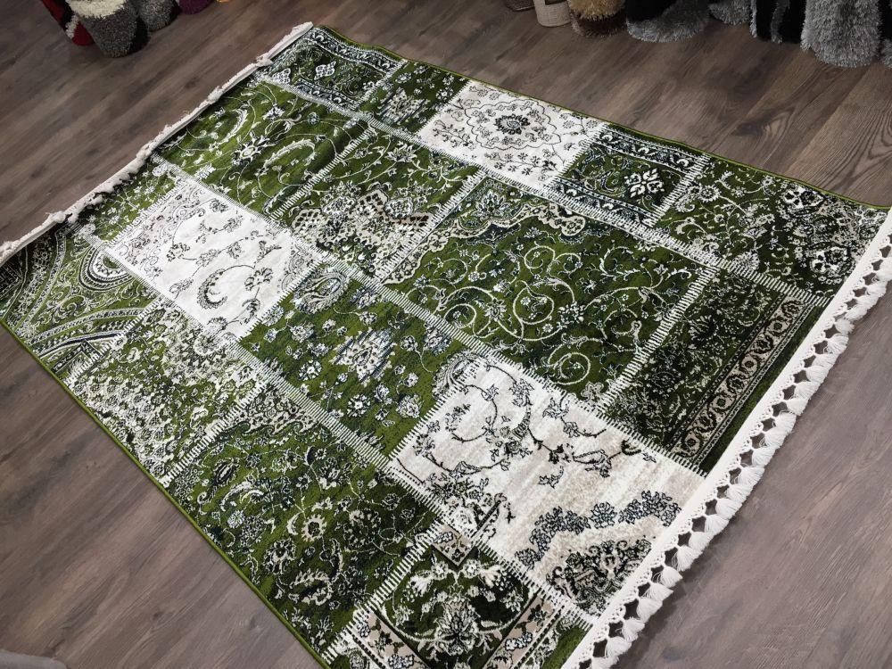Sima 160x220cm Patchwork zöld szőnyeg - OLCSÓ SZŐNYEGEK ONLINE RENDELÉSE, szőnyegek olcsón Budapesten, SZŐNYEG WEBÁRUHÁZ: SZONYEGDISZKONT.HU
