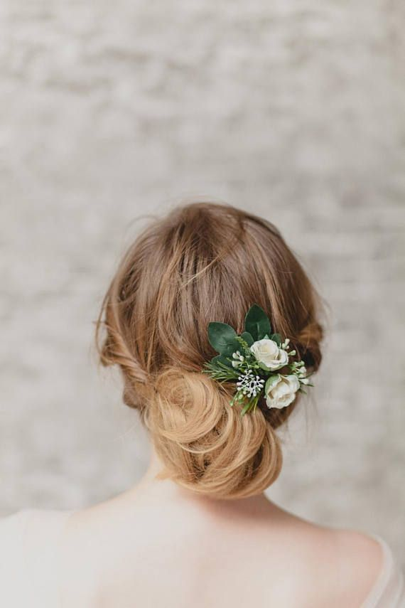 Wedding Hair Piece Bridal Hair Comb Rustic Wedding Flower Comb White Flower Hair Piece Floral Hair Comb Greenery Hair Piece Woodland Pins