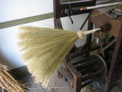Colonial Broom Maker Colonial Williamsburg Colonial