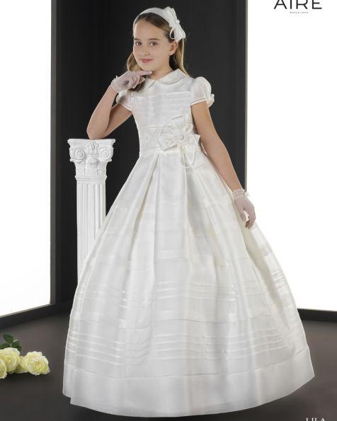 bd2ea3206 Lila vestido de comunión corte evasé