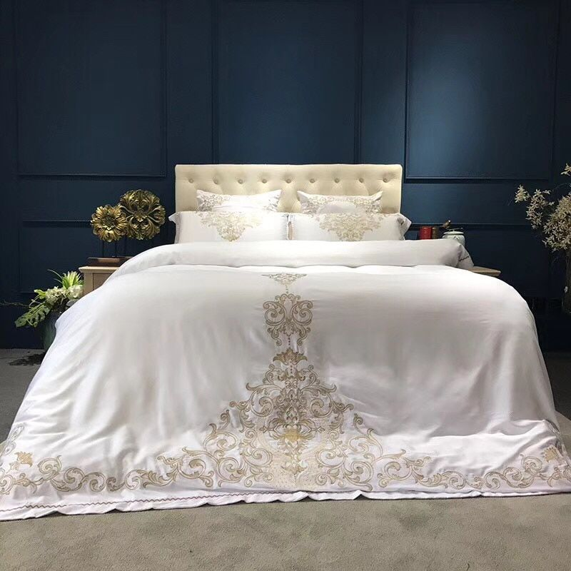 Gold Silver White Silk Bedding Set Queen King Size Bed Set Oriental Embroidery Duvet Cover Sets Bedsheets Linens From Sophine11 106 38 Dhgate Com Silk Bedding Set King Size Bedding Sets Luxury