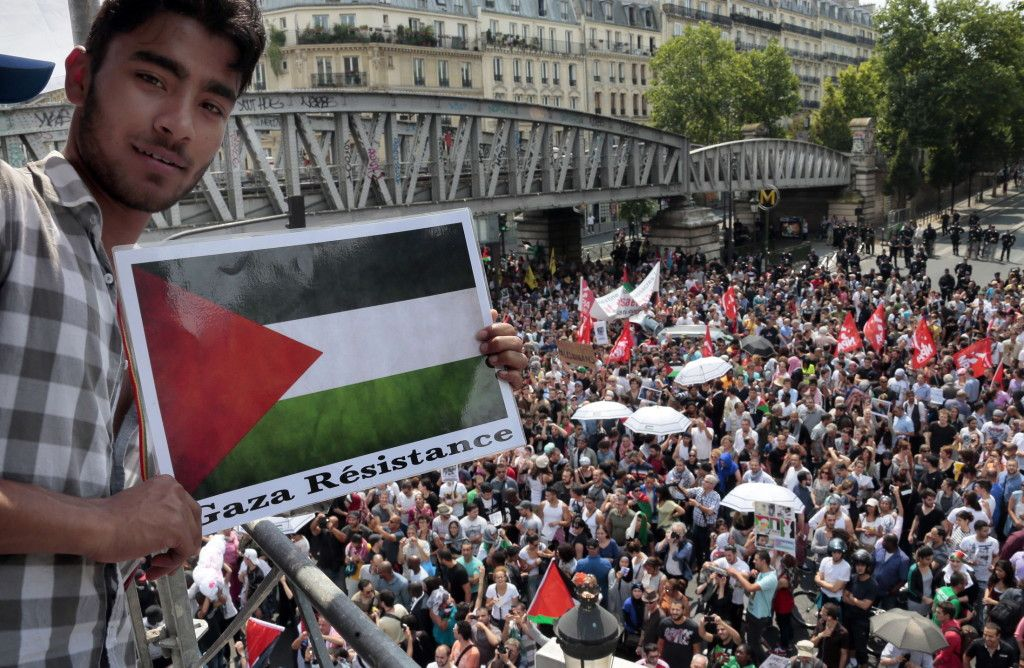 France recently banned any pro-Palestinian rallies within its boarders. That's when thousands of protesters took to the streets in French ci...