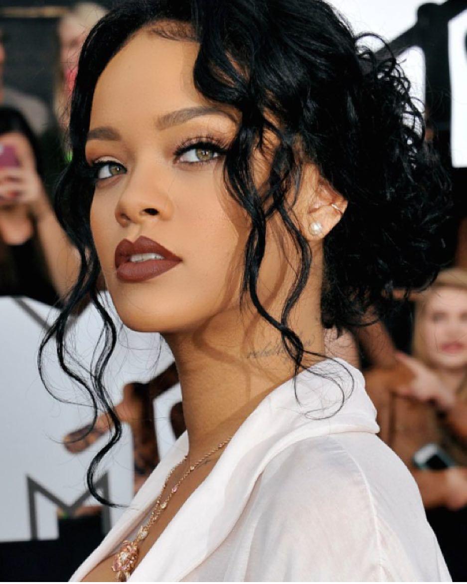 New Stunning Inspiration Rihanna Via Fashionfrique Rihanna