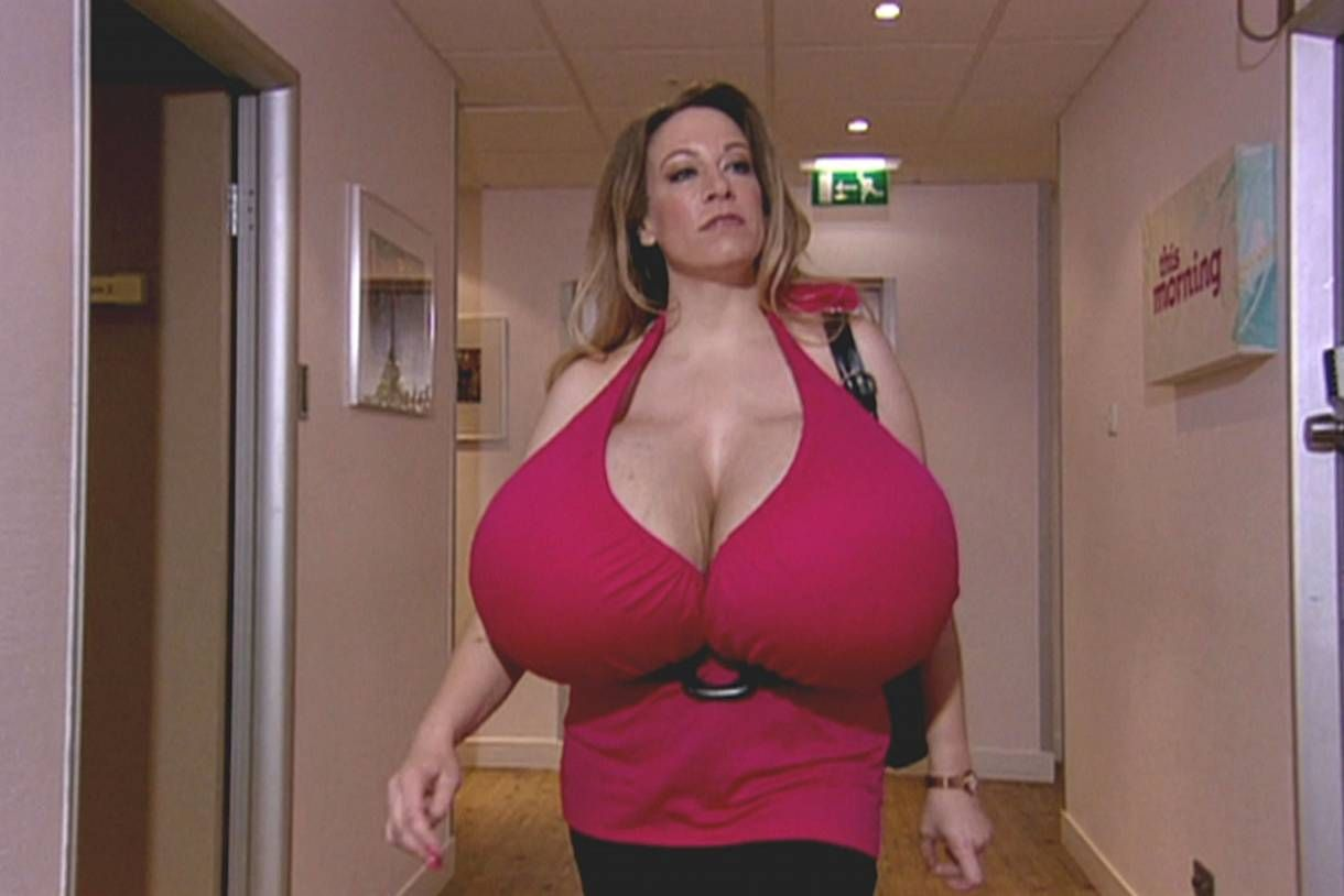 Pin By Boobalicious On Chelsea Charms