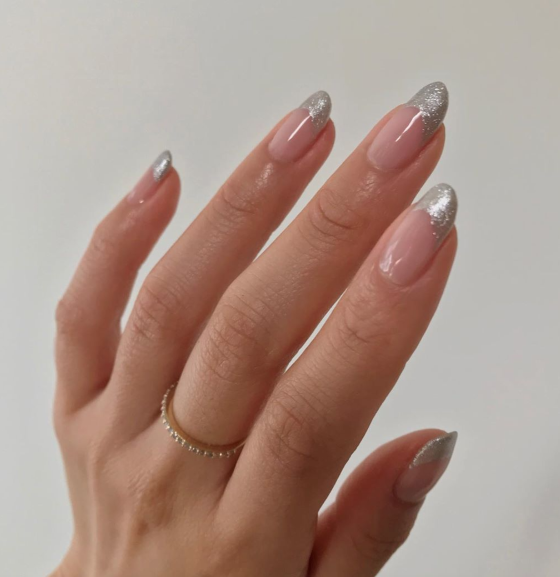45 Best Holiday & Christmas Nails for 2019 | Glamour