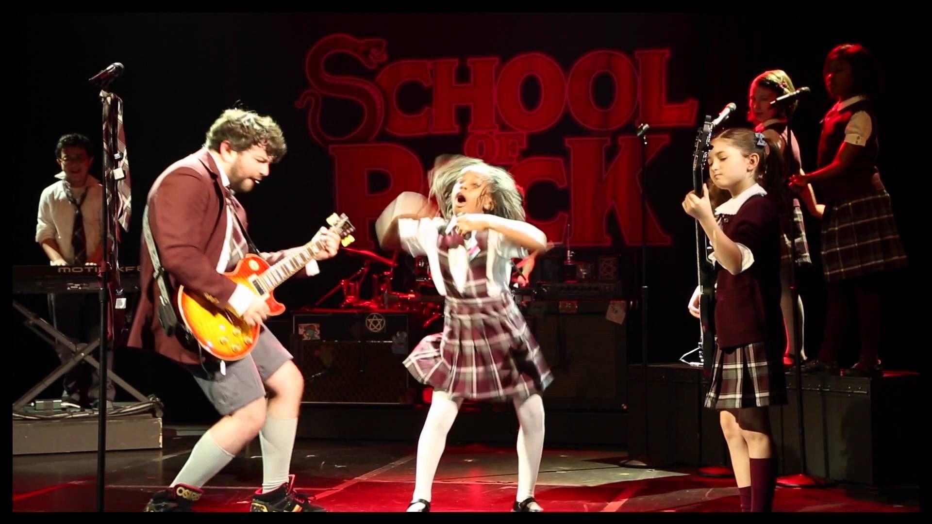 Alex Brightman & the Cast Sing 'Teacher's Pet' From