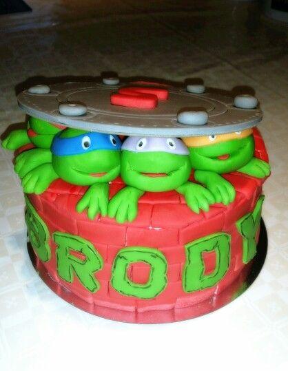 Turtles cake