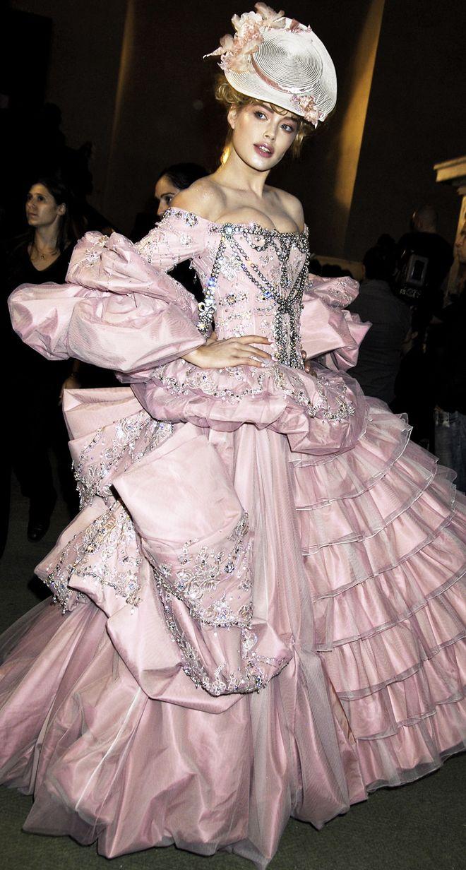 John Galliano for Christian Dior Fall Winter 2007 Haute Couture via style.com
