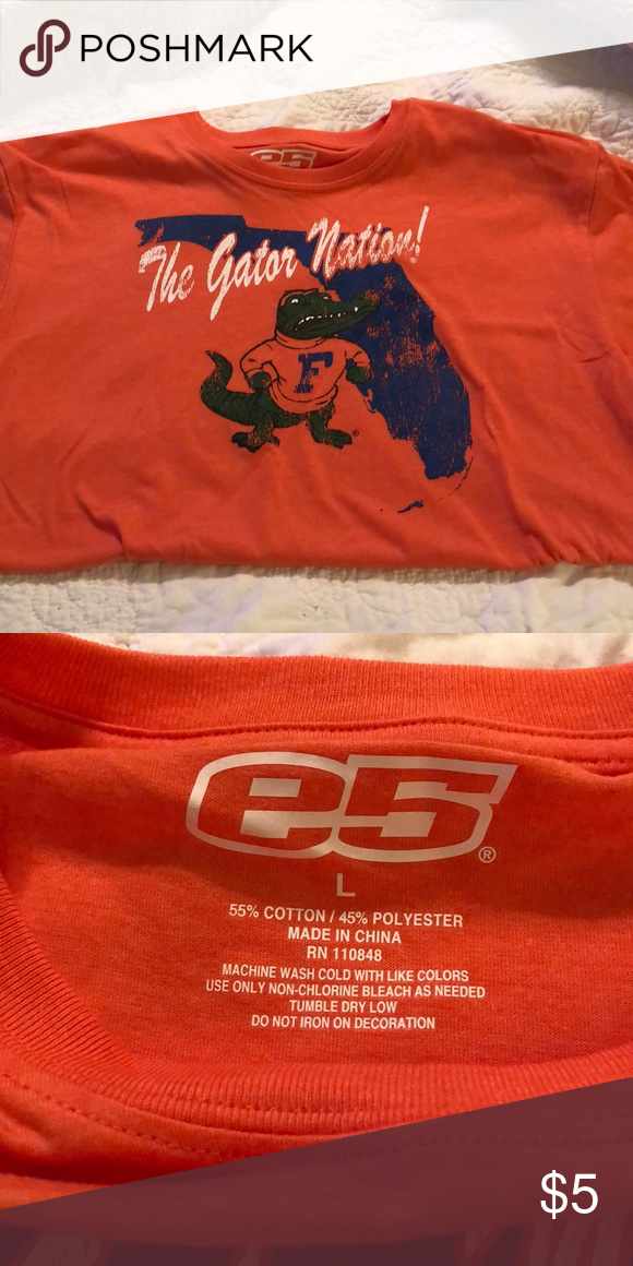 fdcb275e University of Florida Men's T-shirt University of Florida Men's T-shirt  Size: Large Color: Orange Excellent used condition Shirts Tees - Short  Sleeve