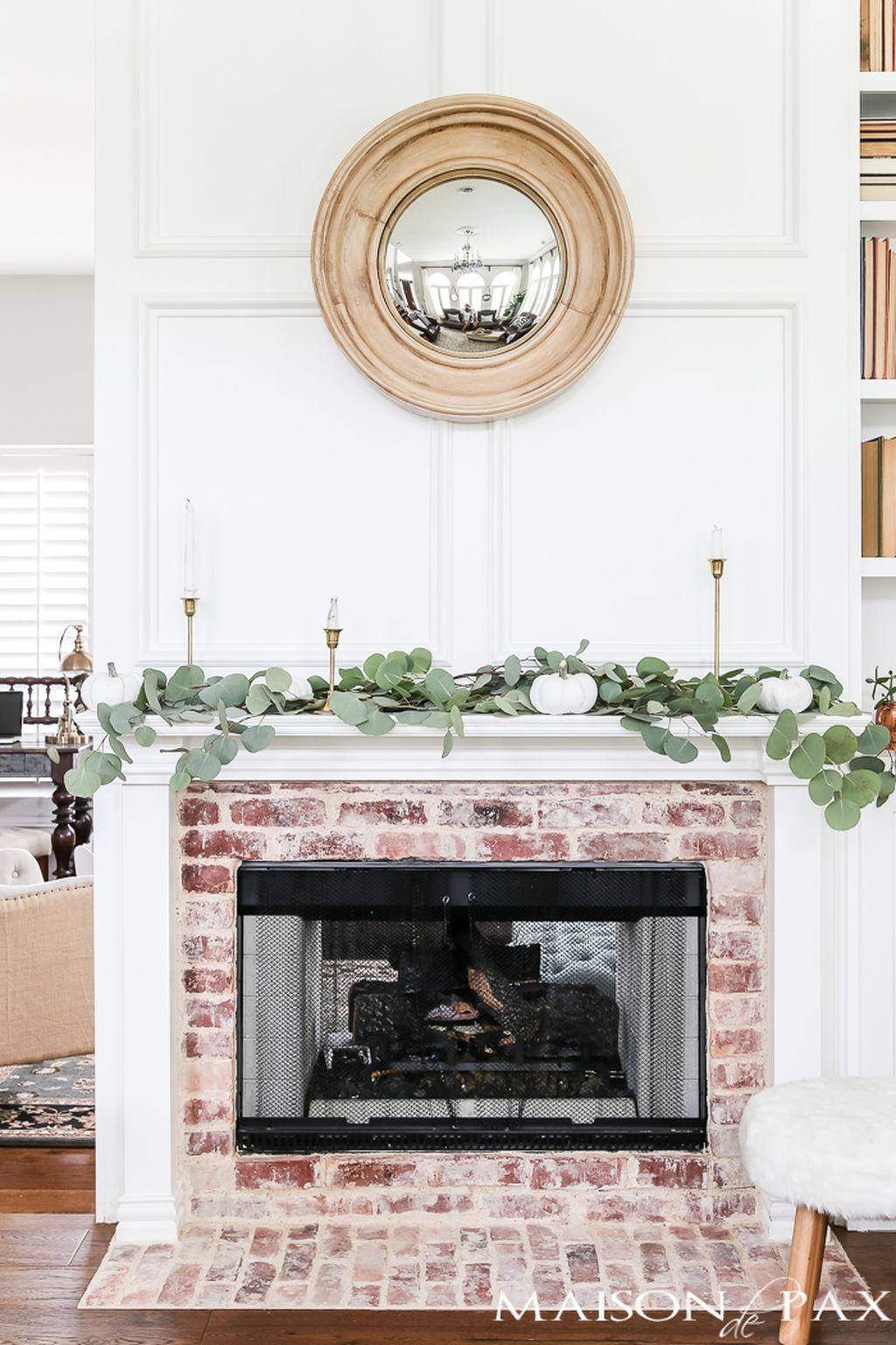 88 Simple and Vintage Brick Fireplace Christmas Decoration Ideas ...