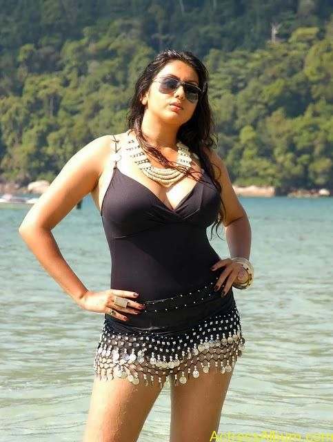 Tamil actress namitha sexy photos