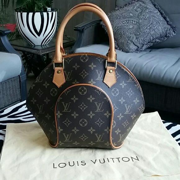 d9ae0e09931c Spotted while shopping on Poshmark  100% authentic Louis Vuitton Monogram  Ellipse PM!  poshmark  fashion  shopping  style  Louis Vuitton  Handbags