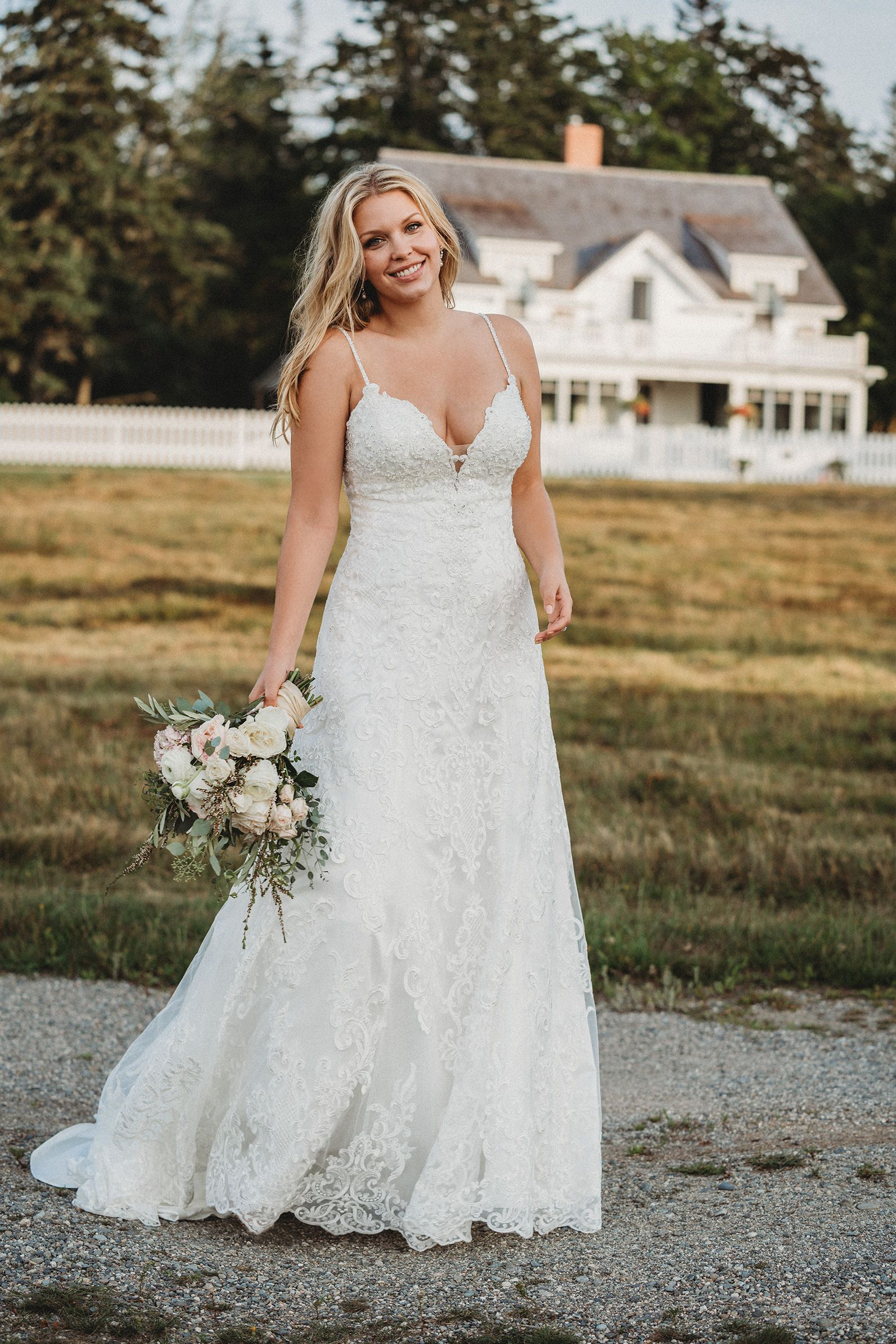 Plus Size Wedding Dress Sample Size 18 Inventory 2664 Dress Available At Bride To Be Cou Allure Bridal Allure Bridal Wedding Allure Bridal Wedding Dress [ 2386 x 1591 Pixel ]