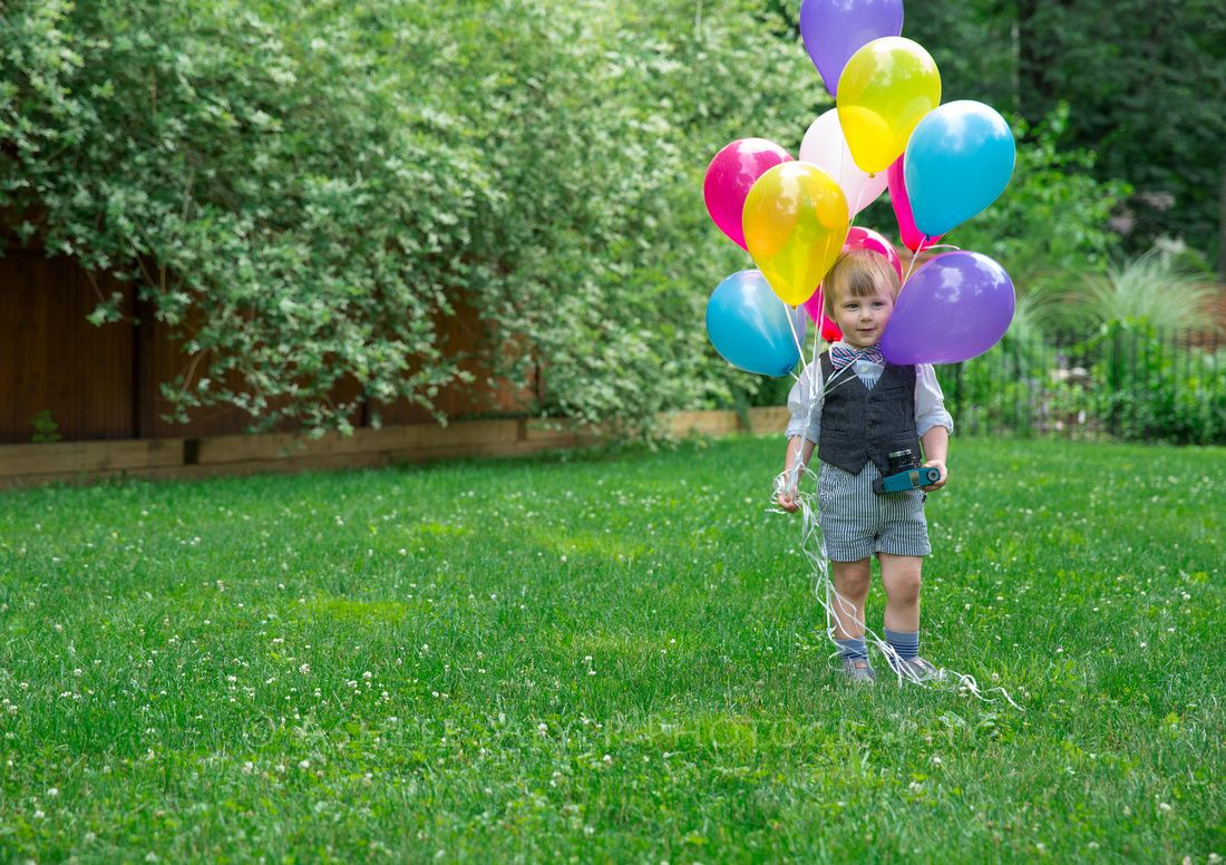 babies and balloons are my favorite combination <3 #SeattlePortraiture #SeattlePortraitPhotographer #SeattleFamilyPortraiture #AshMePhoto #AshleeMeyerPhotography