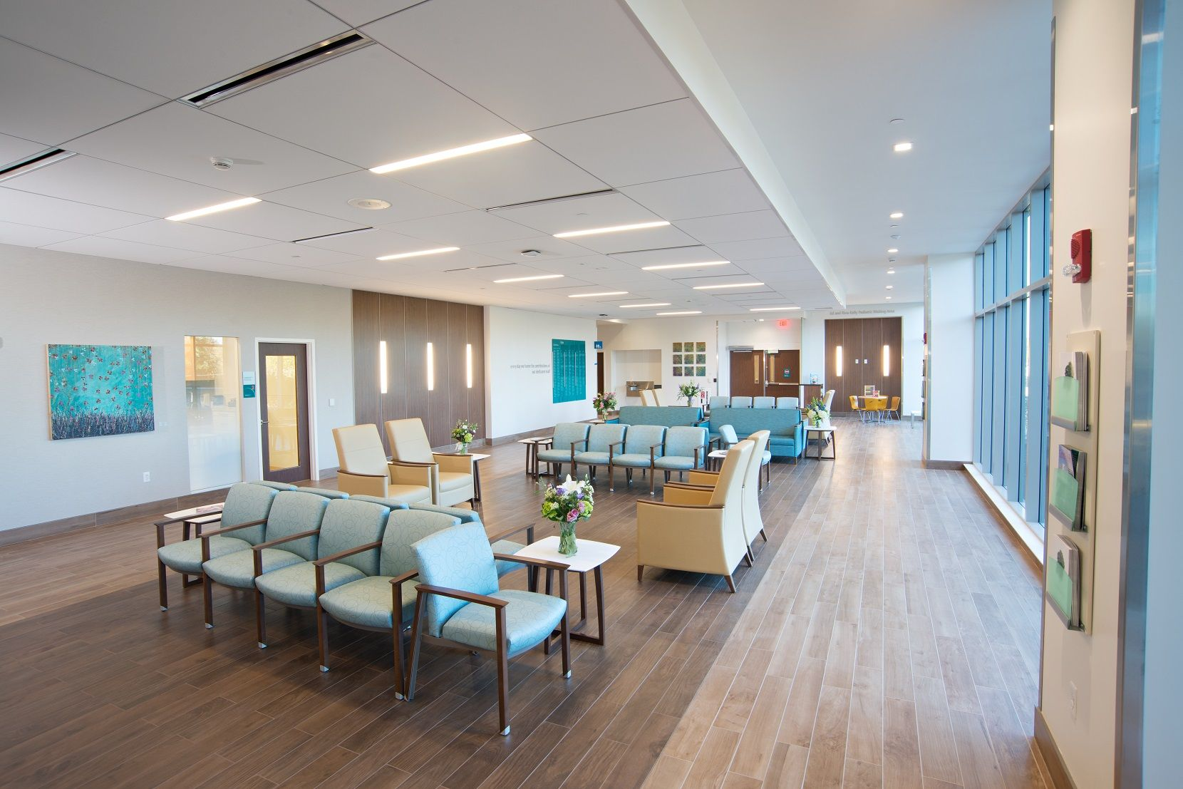 Emergency department milford regional medical center in milford ma interior design for Emergency room design floor plan