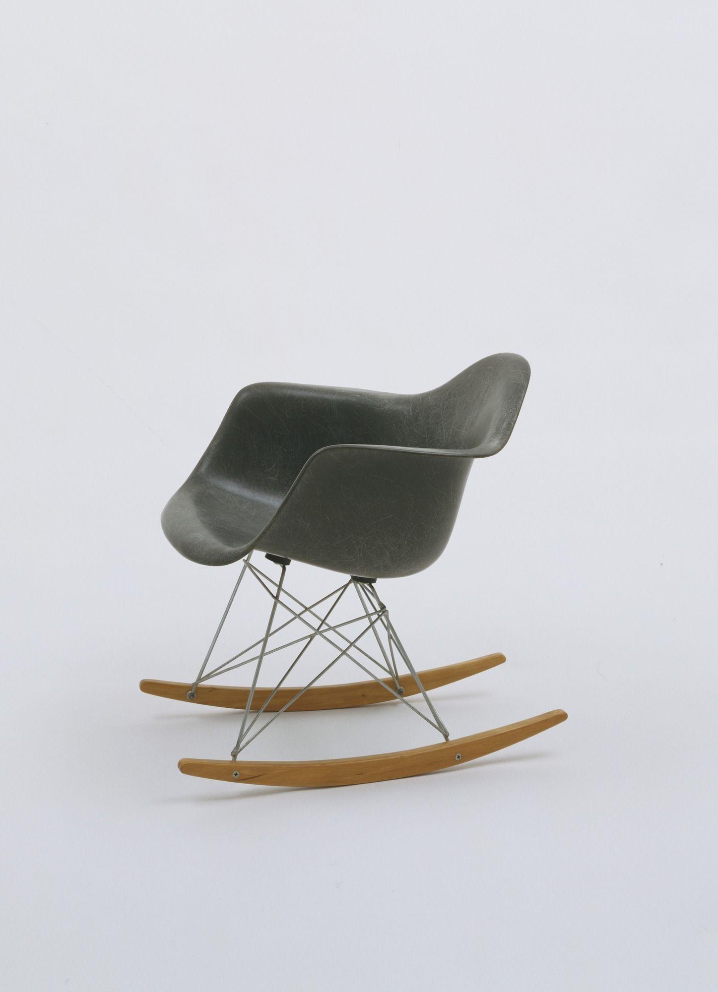 Charles Eames, Ray Eames. Rocking Armchair (model RAR