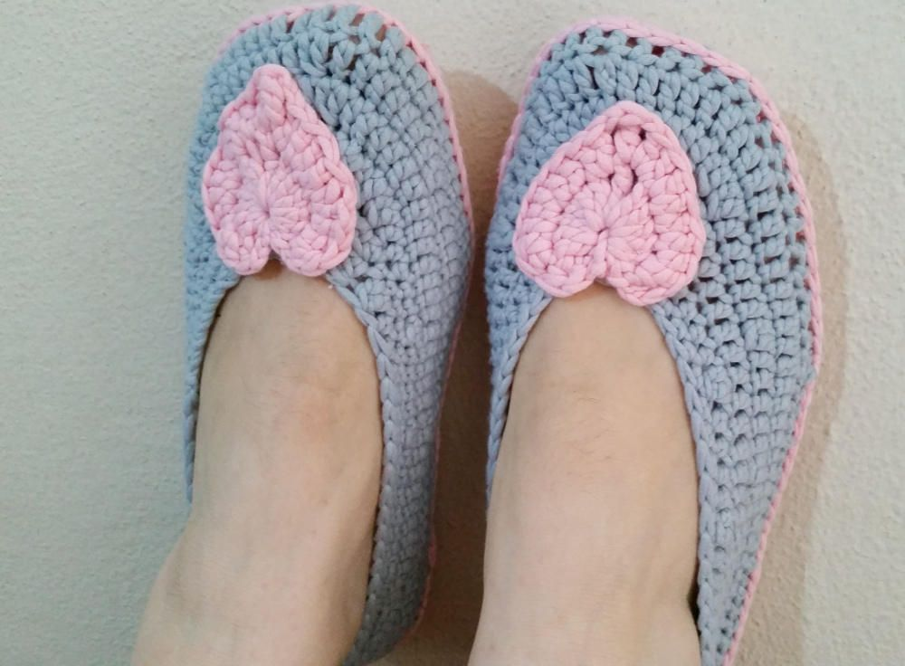 60f3e506191e1 Gray and Pink Heart Crochet Slippers, Non Slip Soles, Home Shoes ...