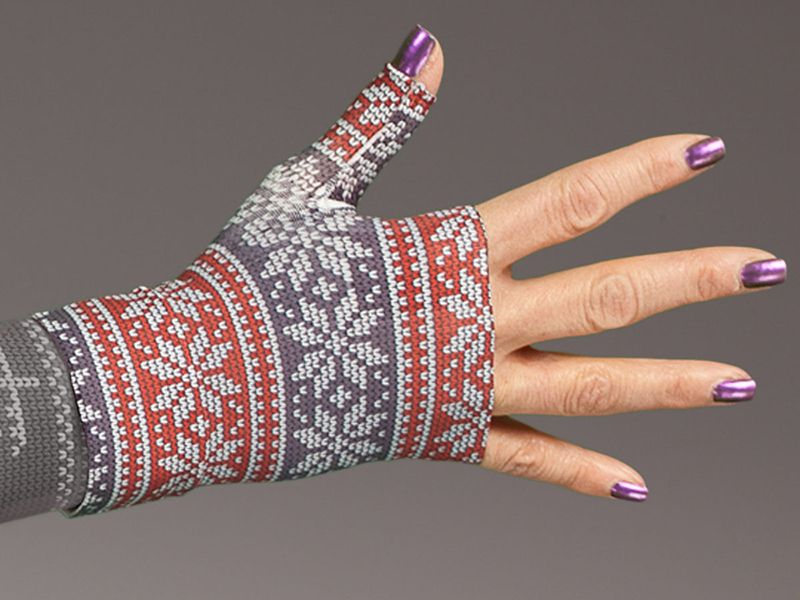 Have a Christmas or Holiday Sweater party coming up? Better get this awesome Holiday Sweater Compression Gauntlet by LympheDivas
